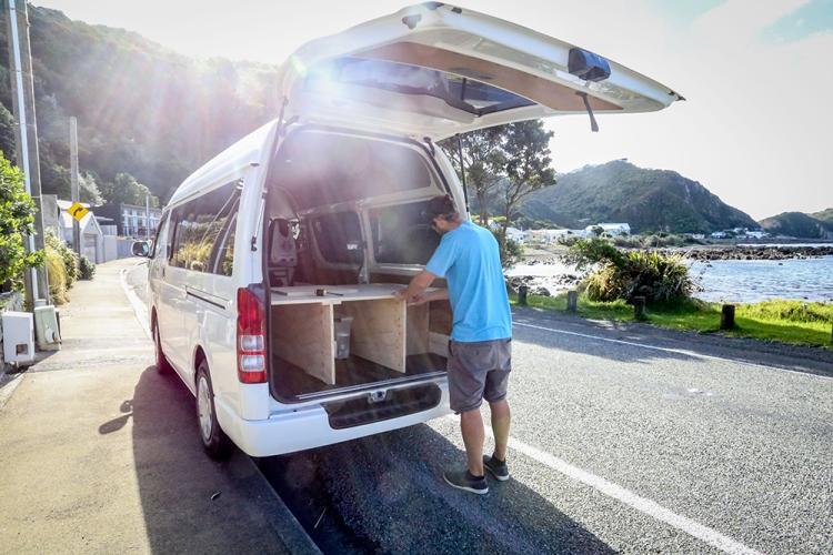 van-build-1